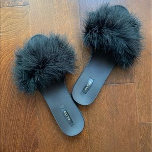Aldo Fluffy Feather Slide Sandals Size 8